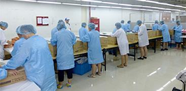 中国で生産された販促品の輸送・流通加工サービスを提供。一貫したサービスによって、安定した品質を保持。より柔軟なスケジューリングが可能。