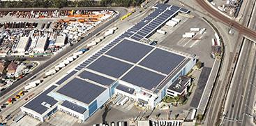 拠点の1つであるKONOIKE-PACIFIC CALIFORNIA,INC.は、ロサンゼルス・ロングビーチ両港から約8kmの好立地。