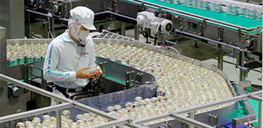 食品分野で60年以上かけて積み上げた請負実績で、大手メーカーをはじめ多くのお客さまから信頼を獲得。